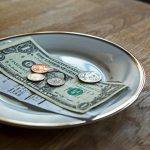 7 Worst Celebrity Tippers That Will Surprise You
